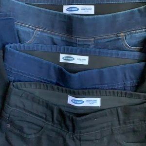 Three Pack!  Women's old navy jeans